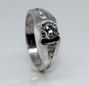 Stříbrný zásnubní prstýnek 2352