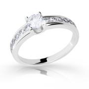 Dámský stříbrný prsten se zirkony 2146