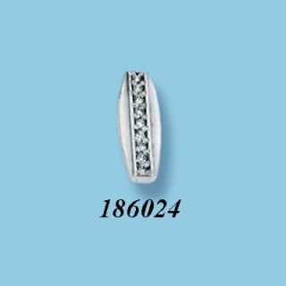Stříbrný přívěsek se zirkony 186024