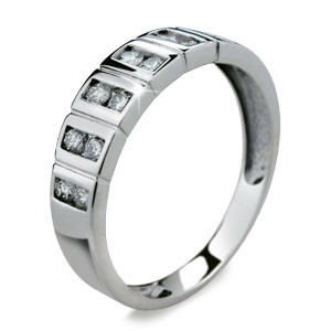 Stříbrný prstýnek 2079